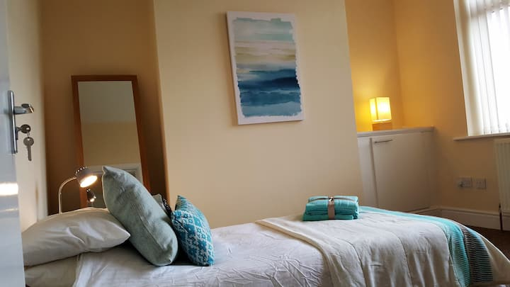 Rooms available on Manchester road, Burnley