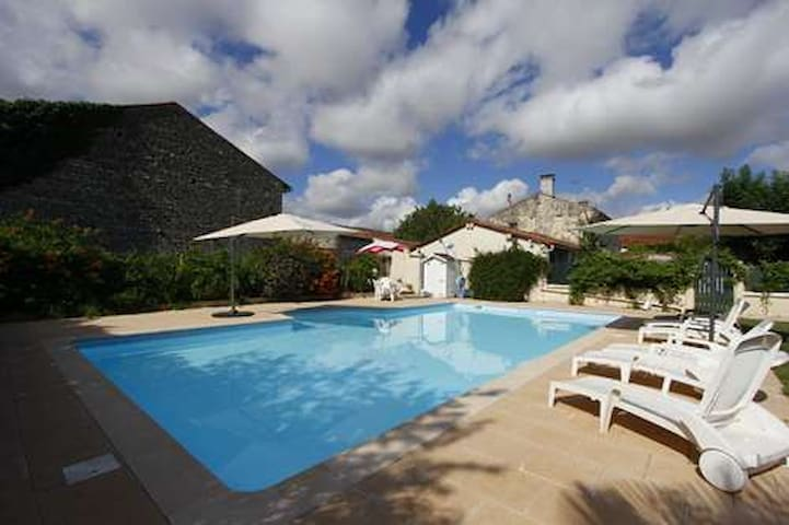 Gorgeous stone built charentaise cottage and pool.