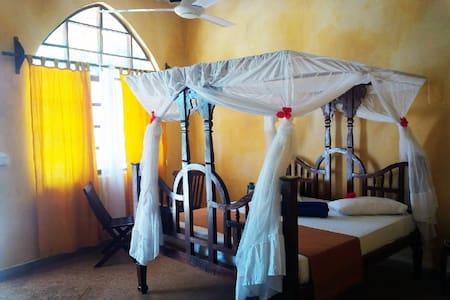 Zanzibar garden-view rooms. - Pwani Mchangani - Bed & Breakfast