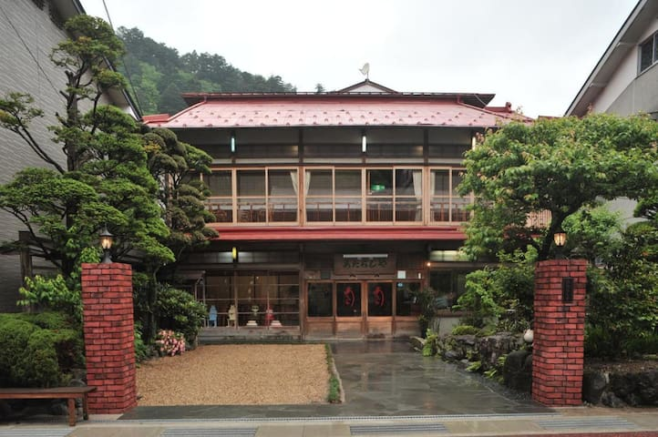 NARA/DOROGAWA ONSEN★Hot springs and hospitality with Breakfast【10畳・3名様/朝食付】