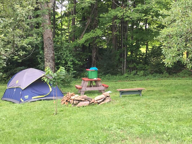 Captain Woodbury Guesthouse Campsite (Tent/Camper)