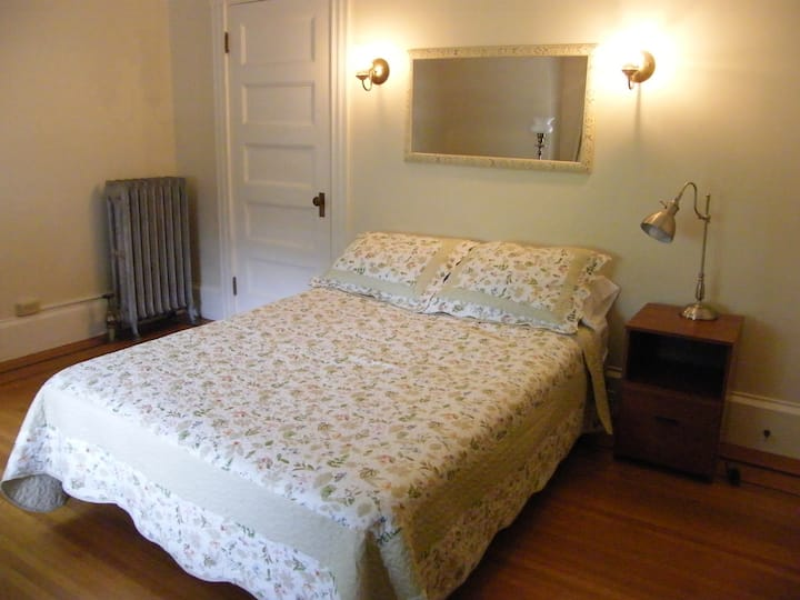 2nd floor private room
