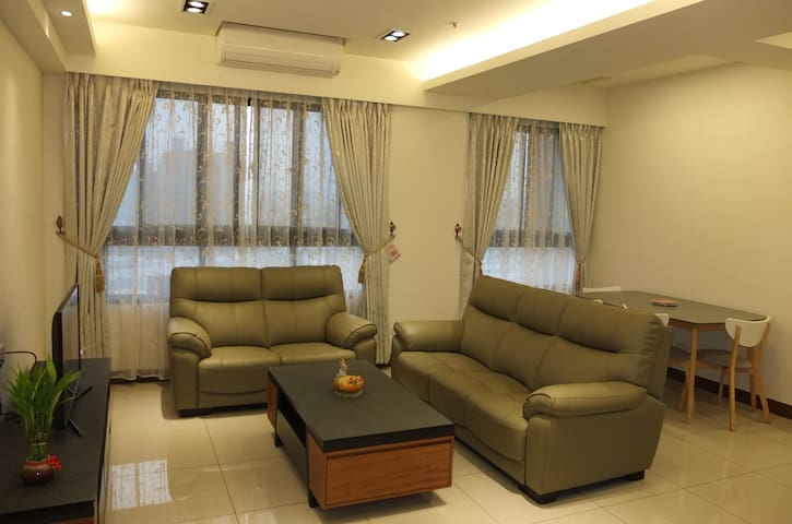 Super good view, cozy, brand new appartment - Fengshan District - Apartment