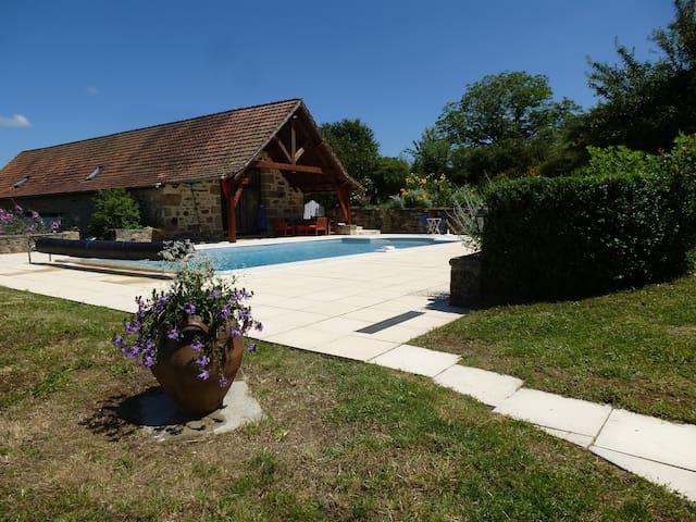 BASTIDE DE CHARME - piscine chauffée - vue panora - Lacapelle-Marival