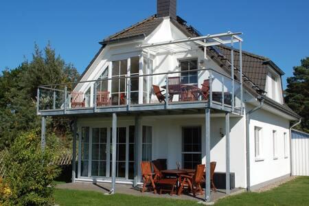 Prerow Ostsee *Balkon* *Kamin* *Traumküche*
