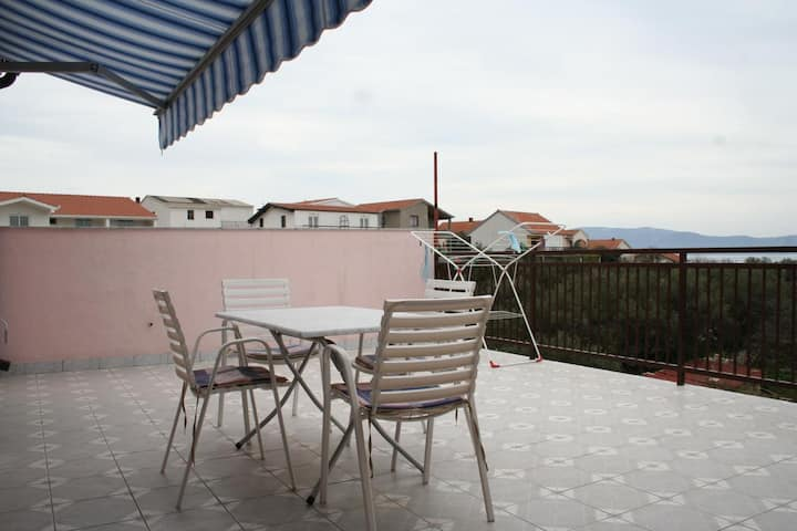 One bedroom apartment with terrace and sea view Podaca, Makarska (A-2612-a)