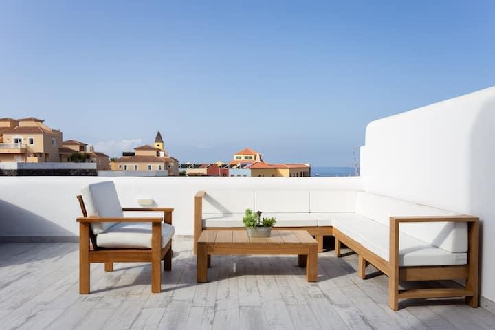 Total Luxury, Jacuzzi, Huge terrace, Ocean View