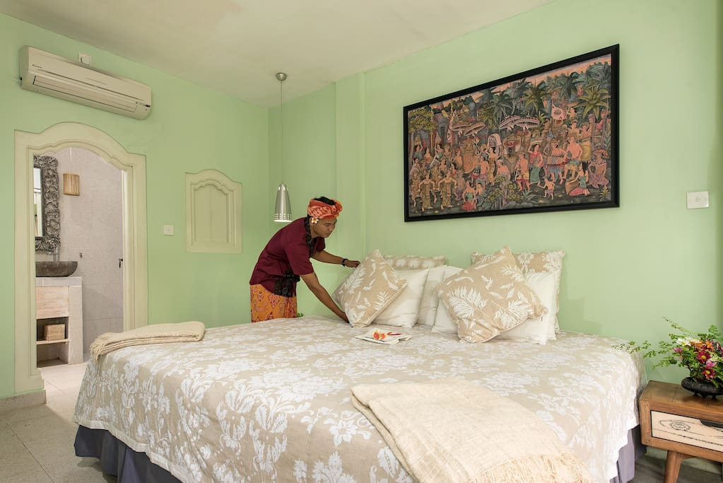 Jepun suite with either 1 extra king size bed OR 2 king single beds. Private entrance and own veranda.
