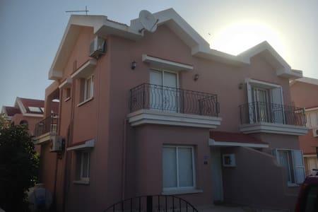 Bogaz Holiday Apartment With Pool - Karpaşa