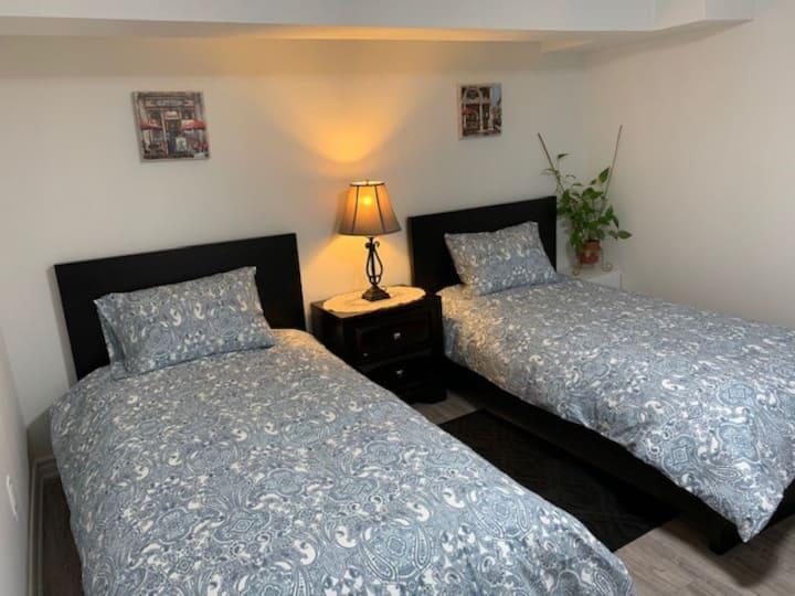 Entire basement - 2 bedroom - 4 guests