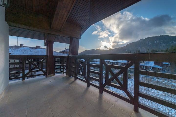 Alpine-Sunset apartment, Smolyan Lakes, Pamporovo