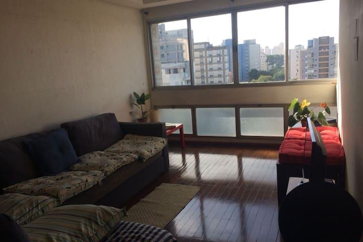 Spacious Apartment 7min from Sumaré Metro station
