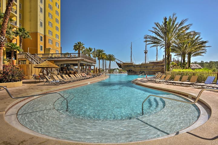 Resort Condo w/ Patio - 5 Mins from Disney World!