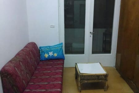 beutiful, wooden furnished room! - Jerusalem