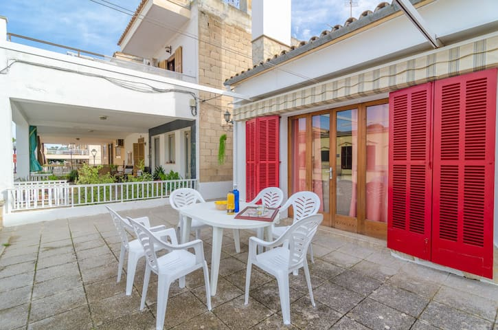 CAN PONS - Chalet with terrace in Ca'n Picafort.