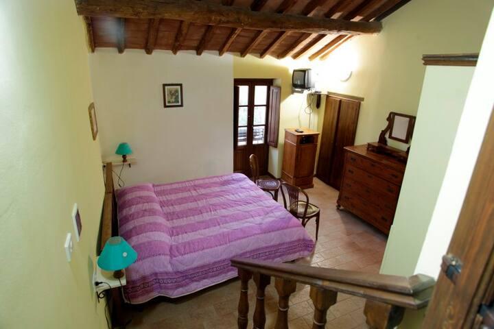 Relax at Agriturismo Acqua Calda - Ginestra - Montone - Apartemen