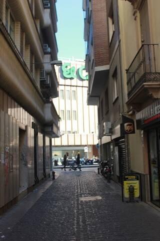 Céntrico y bonito apartamento en Granada - Granada - Condominium