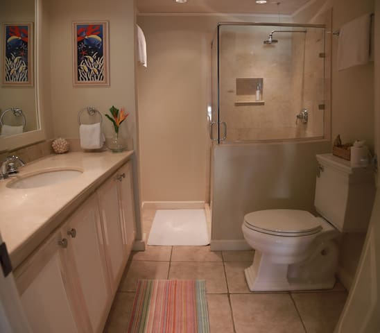 Ensuite bathroom for the twin room