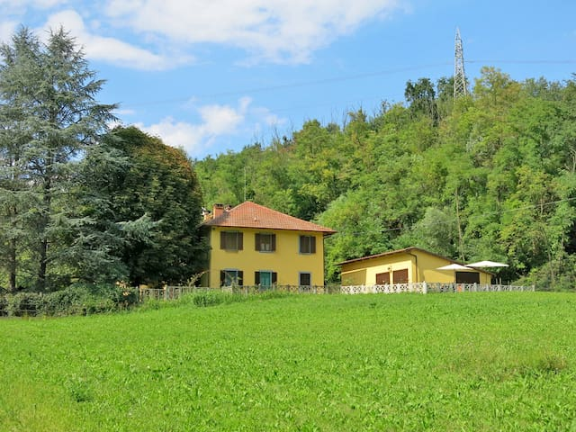 Holiday apartment in Asti / Valbella for 4 persons