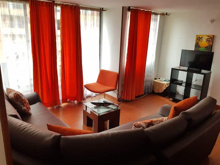 Beautiful apartment near to the airport. HAYUELOS