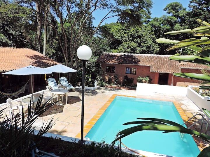 Chácara aconchegante em São Roque (até 6 pessoas)