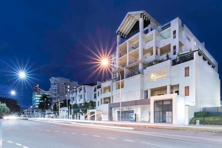 Cairns City Apartments Regency - 3 Bedroom
