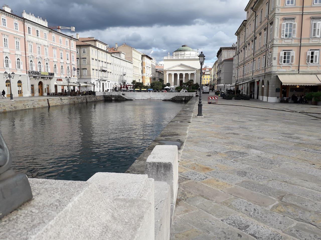 Ponterosso l'antico porto di Trieste
