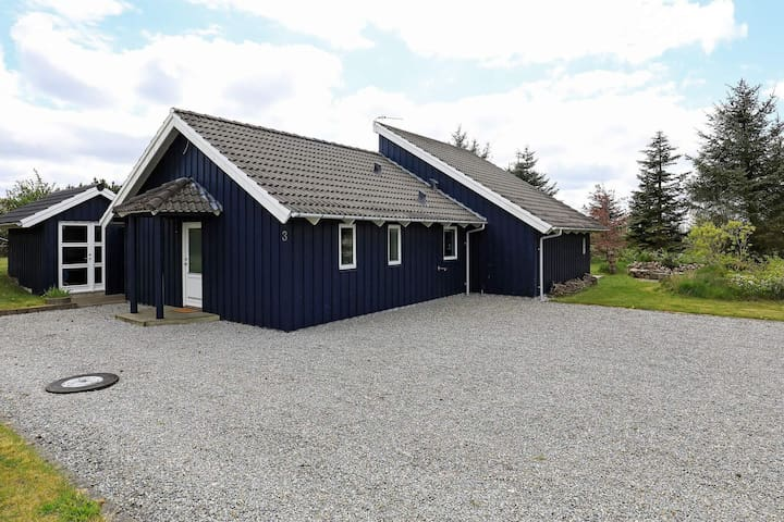 8 person holiday home in Løgstør