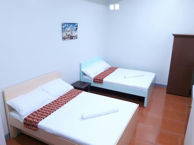 Ynez Suites - Family Room (Studio Apartment)
