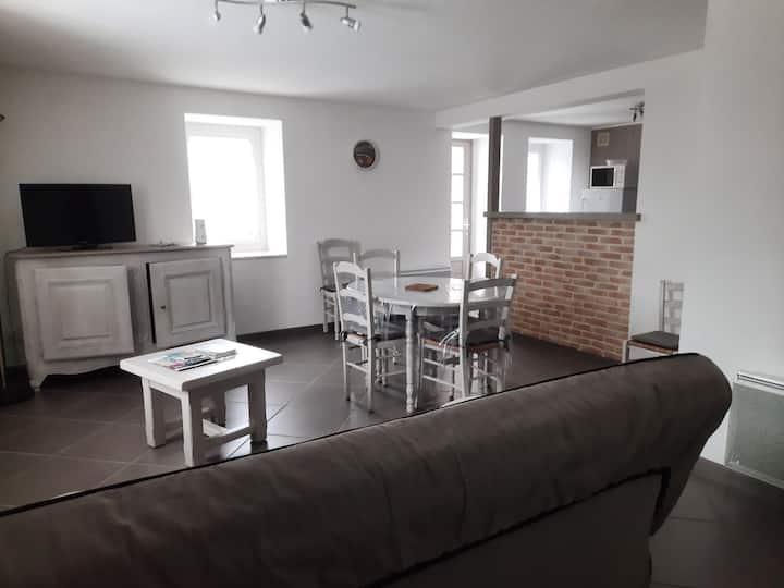 Appartement chaleureux 4 couchages à Sazos