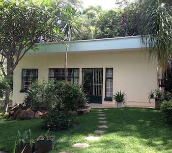 Self contained cottage - Bulawayo