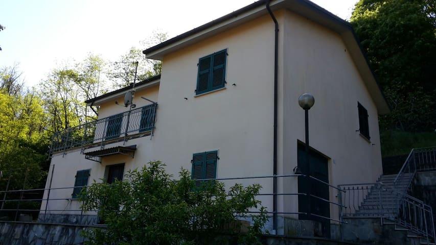 Casa Vacanze Da Robè - Ricco' del Golfo di Spezia - Hus