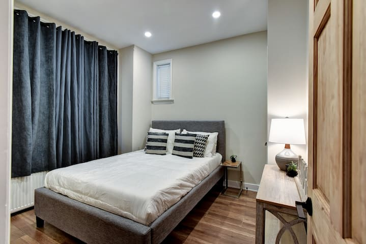 First Bdrm with Queen Bed