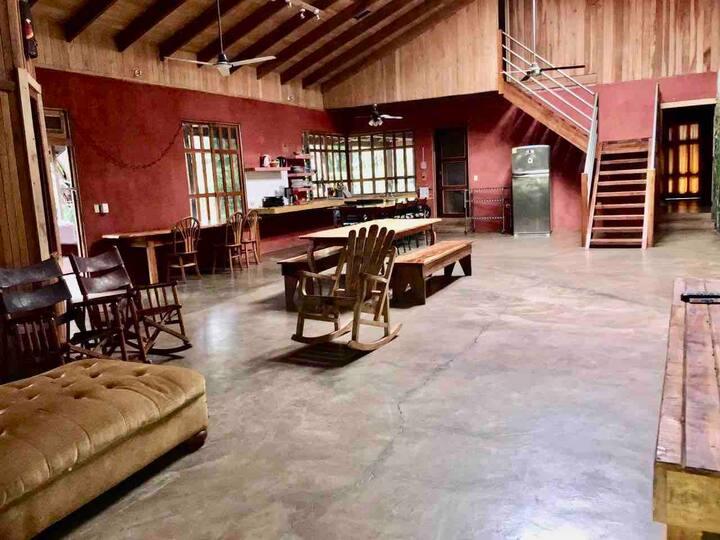 Casa Avellana