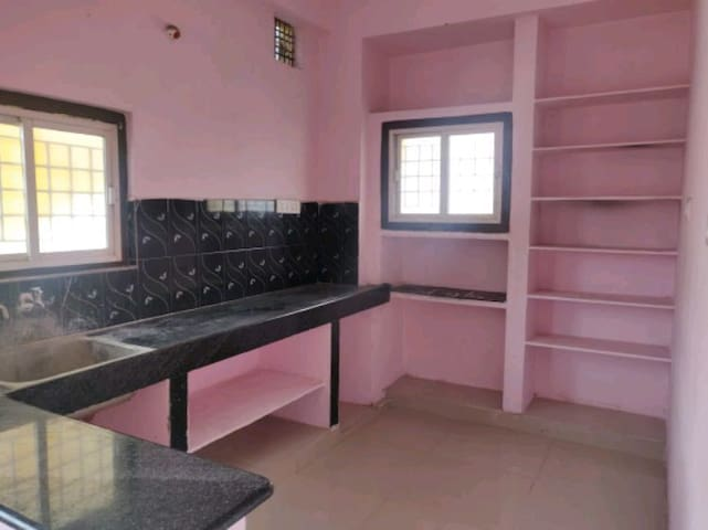 Friendly Homes, easy access to main road
