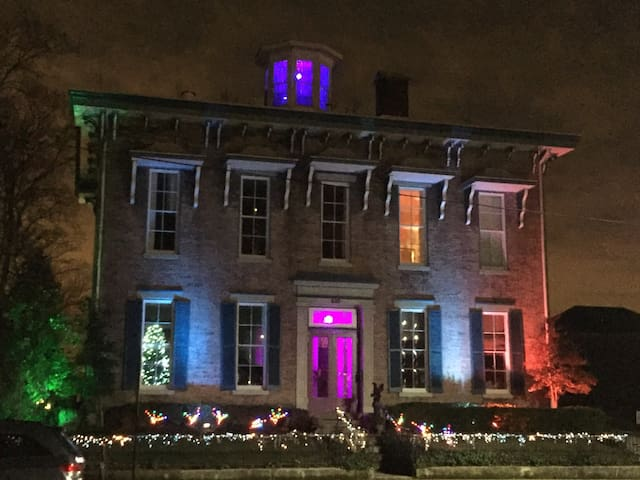 Historic mansion for Derby 2017 - New Albany - Casa