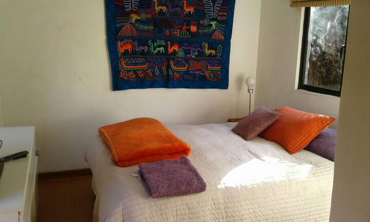 Bed and breakfast en preciosa casa en La Reina