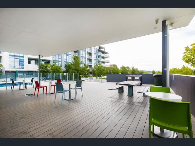 1 bedroom Unit, Belconnen - Belconnen - Apartment