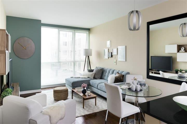 Marina Del Rey Waterfront 1BR Apartment #3