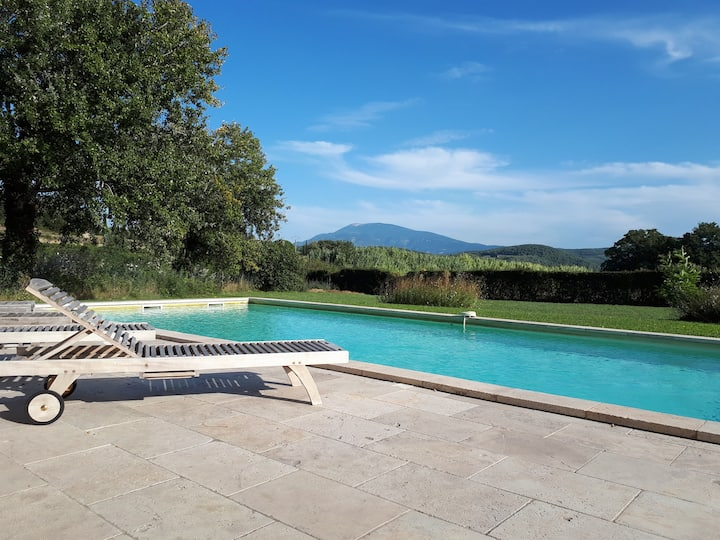 Villa 300m2 with private pool and Ventoux view