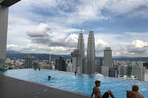 KLCC view from the sky pool