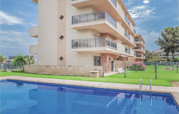 Terraced house with 3 bedrooms on 85m² in Salou
