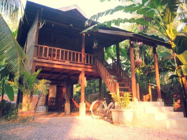 B&B Traditional khmer house - Krong Battambang
