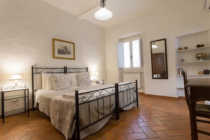 DATINI APARTMENT in Toscana (2 CAM. WIFI & GARAGE)