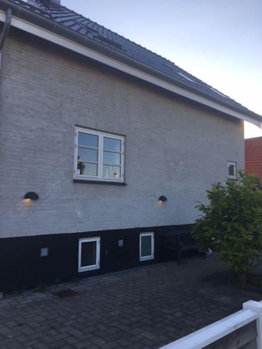 Huset ude fra