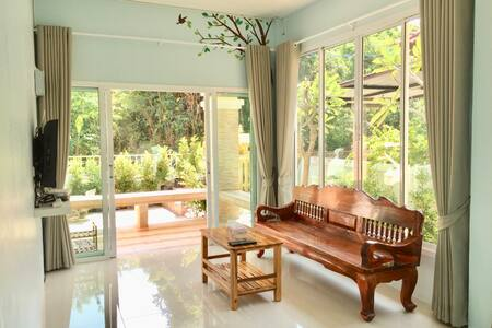 BaanTongSuk - Tambon Saen Suk