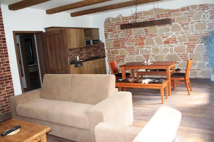 Apartments & Suites U Žluté hrušky (balkon + krb)