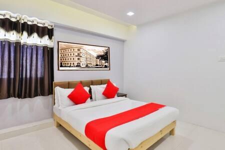 Hotel Blue Orchid - Nr. Textile Market