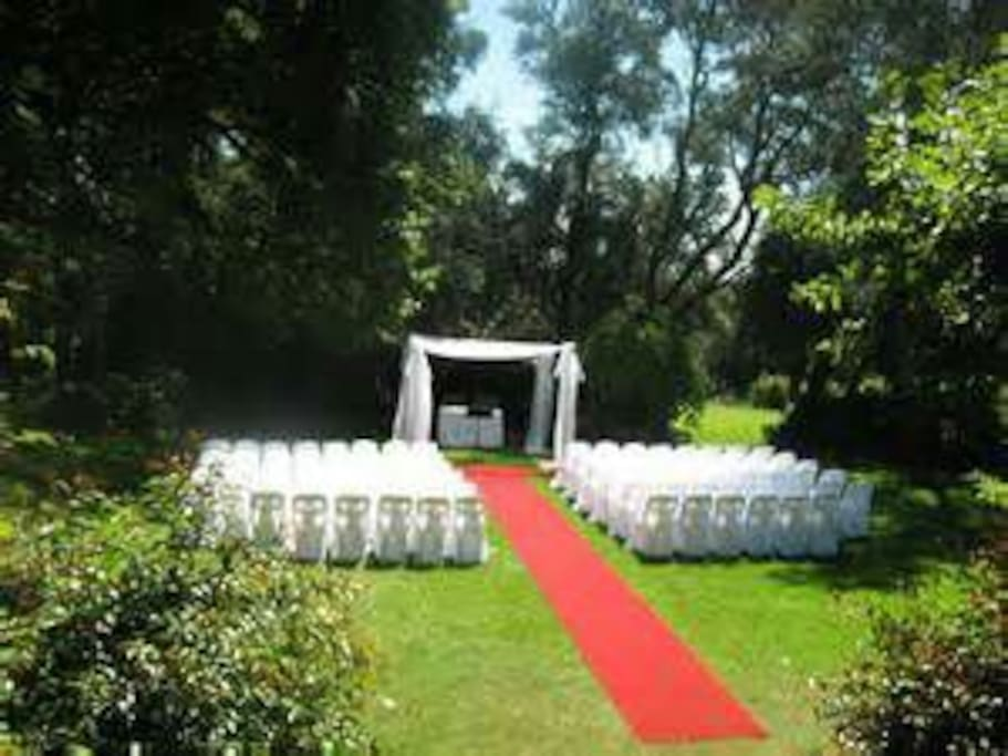 Plan your dream wedding.  Lock on this outdoor venue for only $100 for the day.