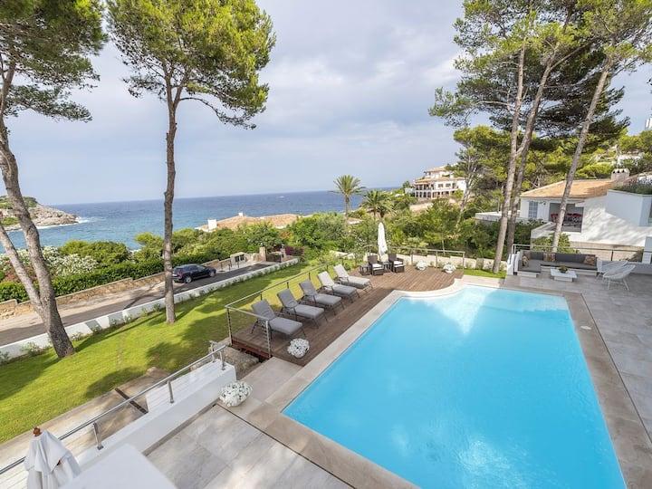 Stunning Luxury Villa